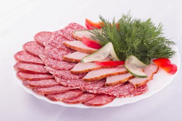 как тонко нарезать колбасу