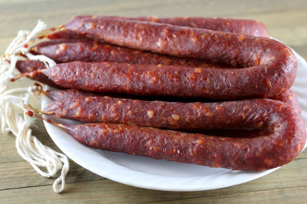 kolbasa-chorizo-myasnoj-delikates-iz-ispanii-1