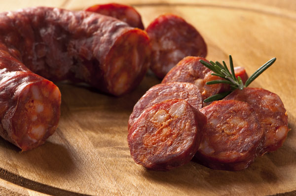 kolbasa-chorizo-myasnoj-delikates-iz-ispanii-2