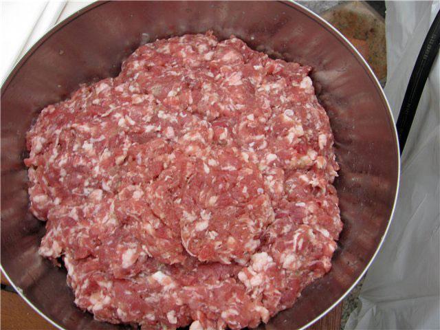 recept-vareno-kopchenoj-kolbasy-s-konyakom-1