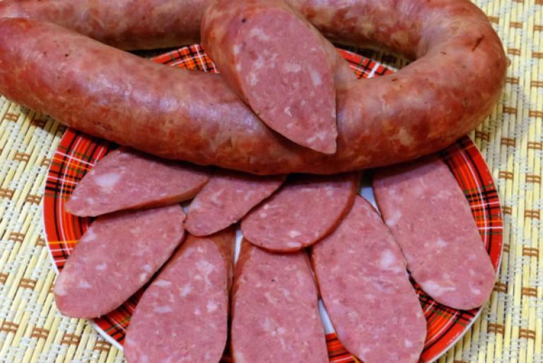 Как сделать говяжью колбасу