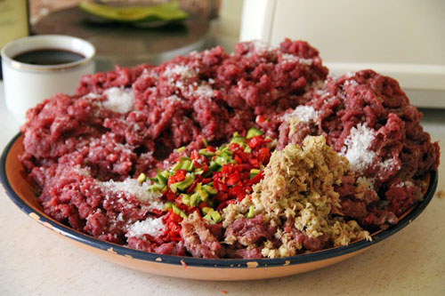 kolbaski-gril-iz-losyatiny-2